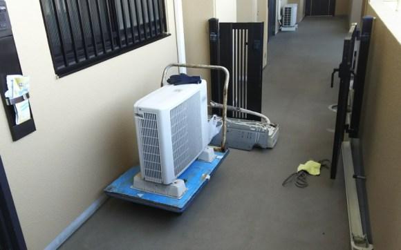 広島市西区観音でマンション13階のエアコンの取り外しと回収