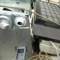 解体済み温水器と取り外し済みエアコン回収
