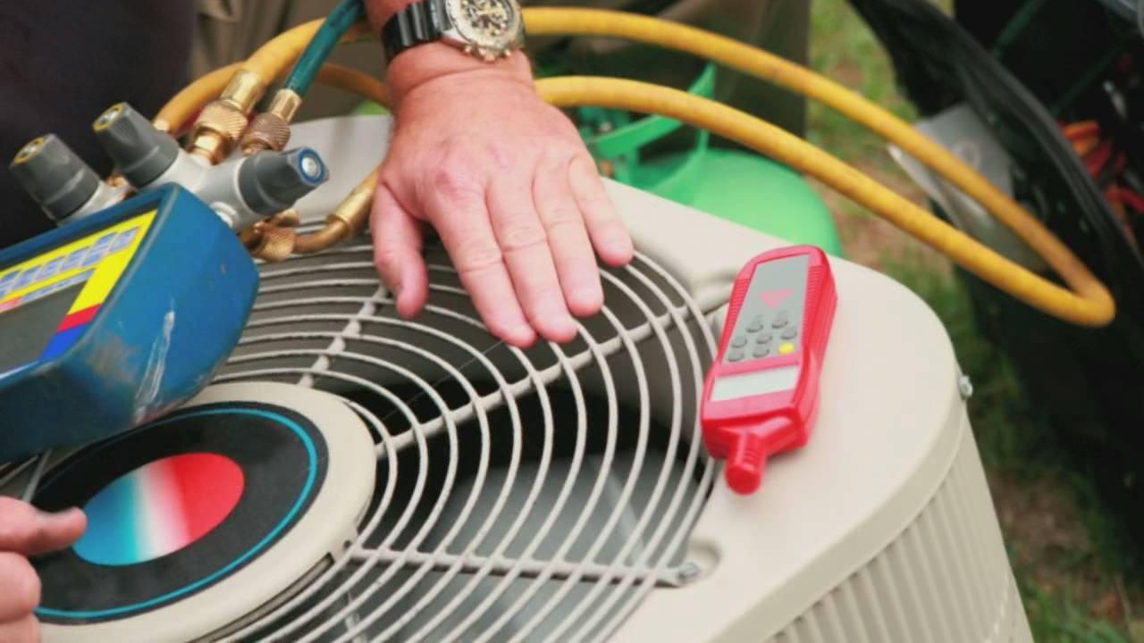 a heating and air conditioning repair service