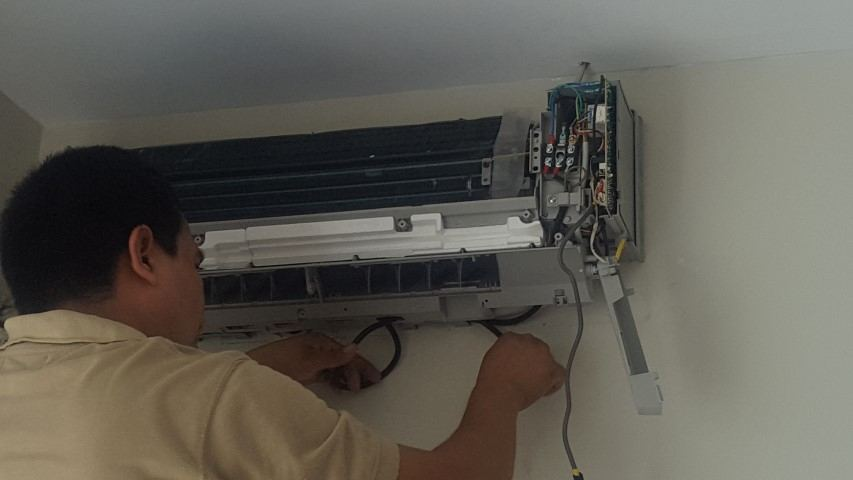 mantenimiento de aires acondicionados (2)