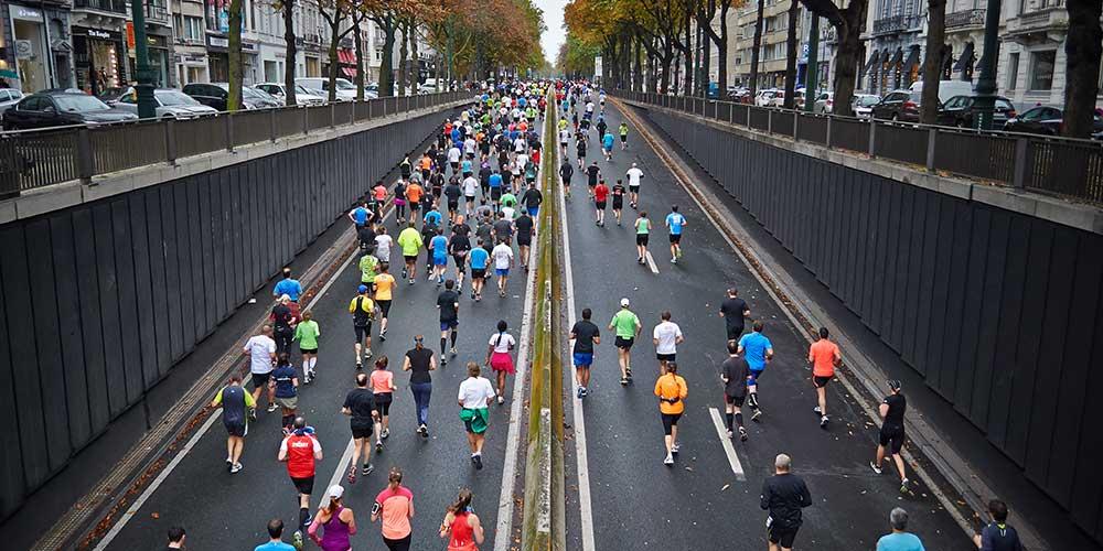 Le running et la pollution urbaine : les bonnes pratiques pour courir sans danger