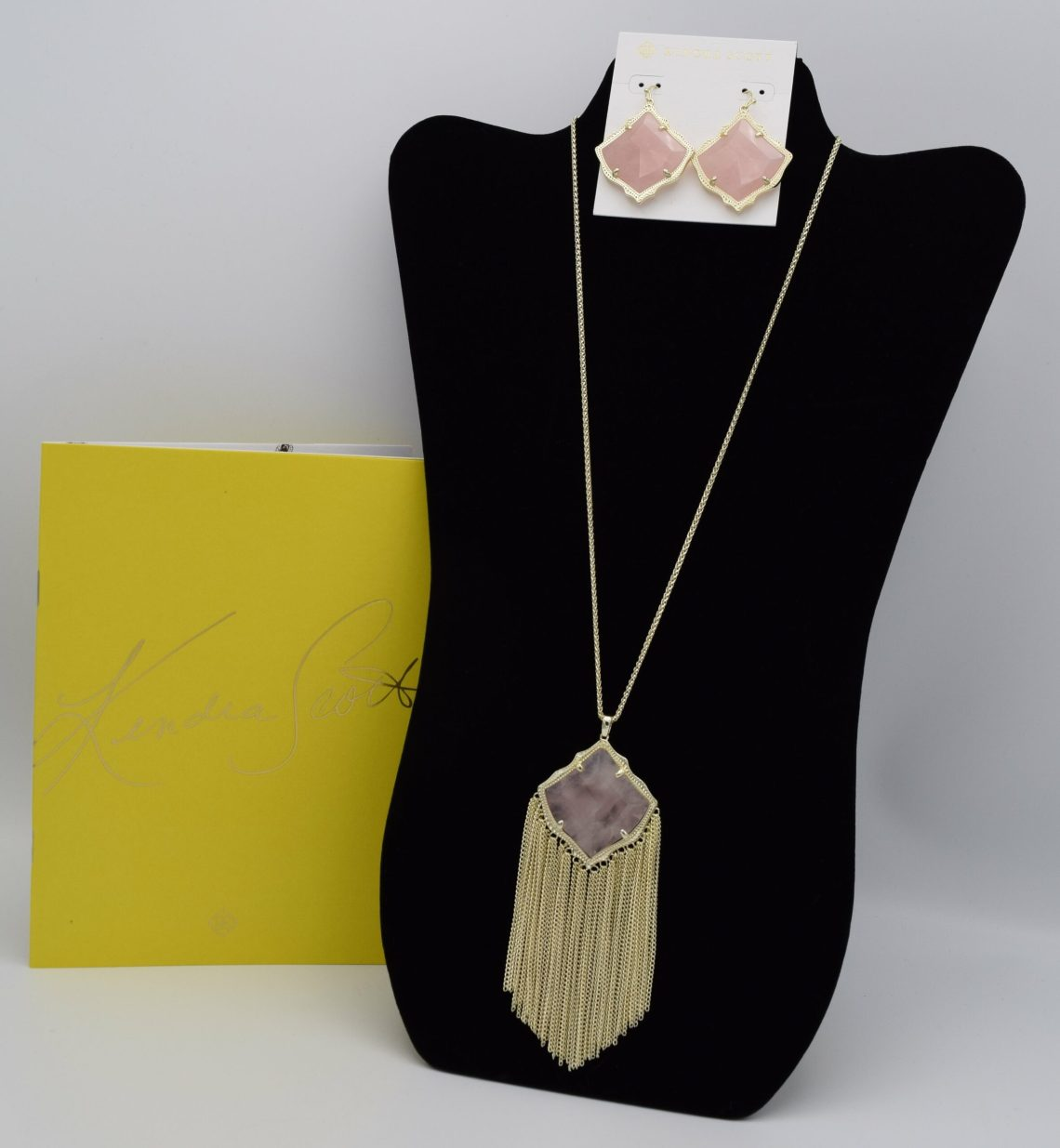 Kendra Scott Necklace and Earrings Set Image