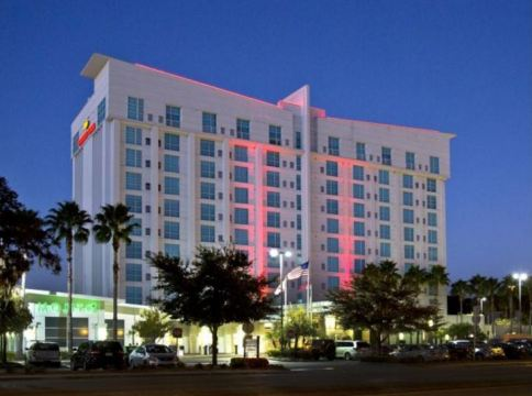 Crowne Plaza Tampa Westmore