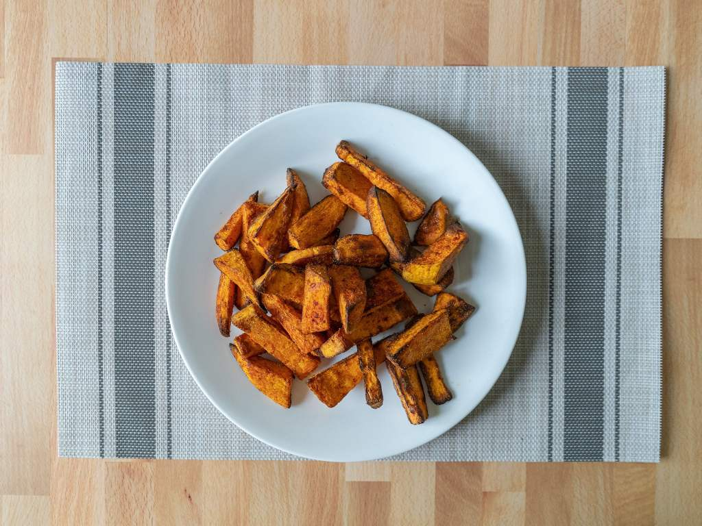 Air fried sweet potato wedges