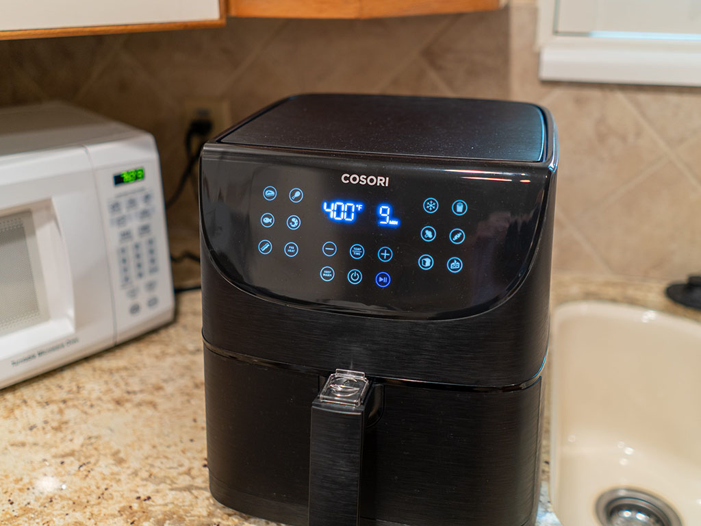 Cosori 5.8QT air fryer