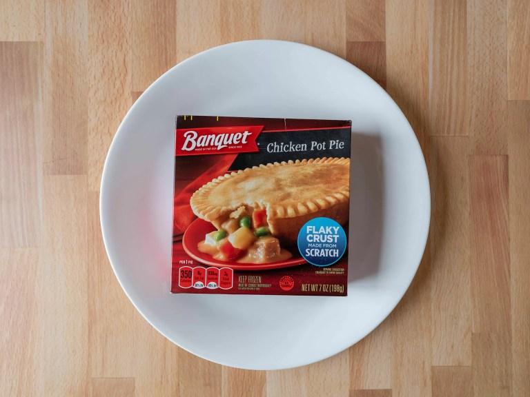 How to cook Banquet Chicken Pot Pie in an air fryer