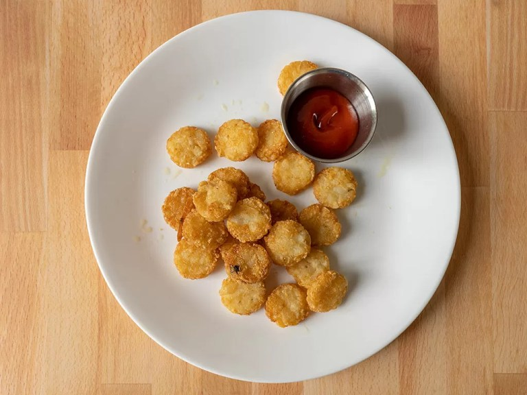 How to reheat Burger King hash browns in an air fryer