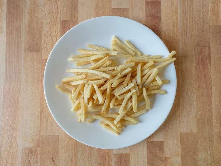 How to reheat Mcdonald's French Fries in an air fryer