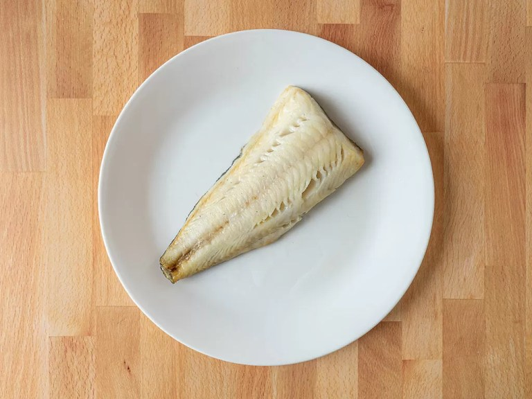 How to cook black cod using an air fryer