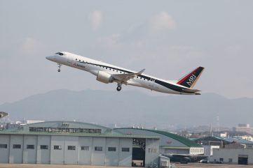 mrj-fta-3_first-flight_3
