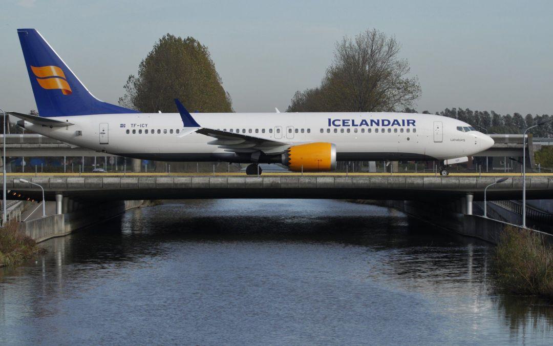 Buy local: how retail investors save Icelandair