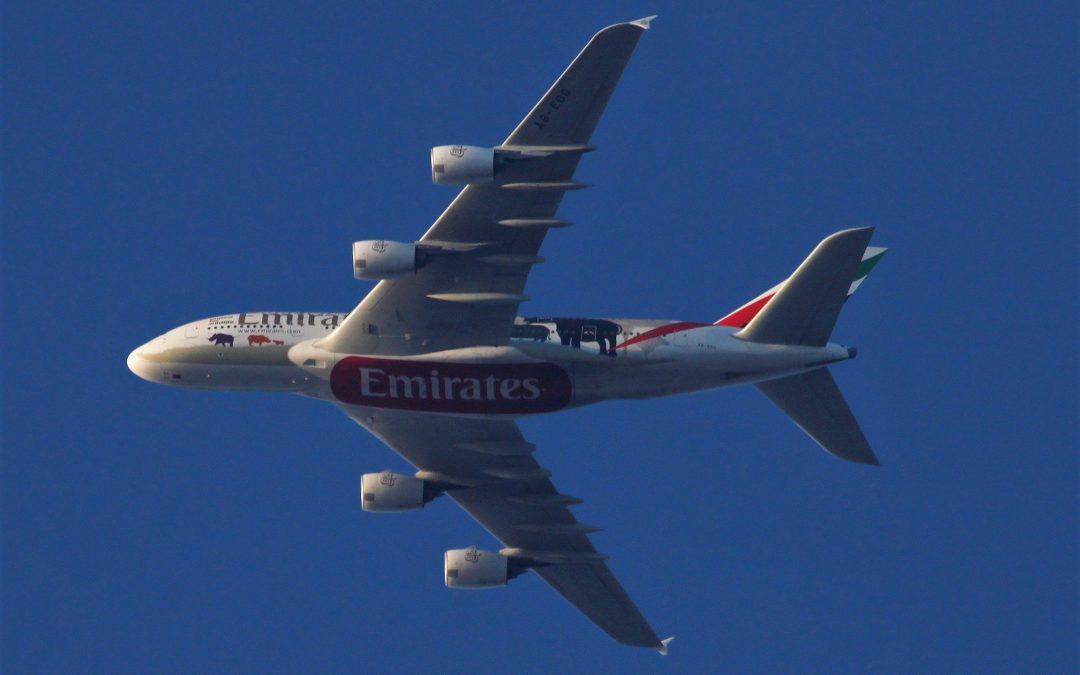 Emirates improves HY1-profit