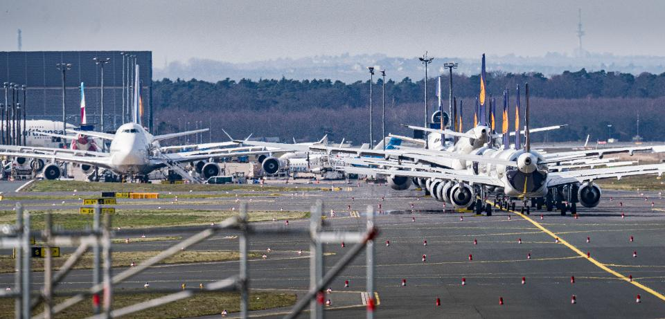 Challenges to restarting commercial aviation