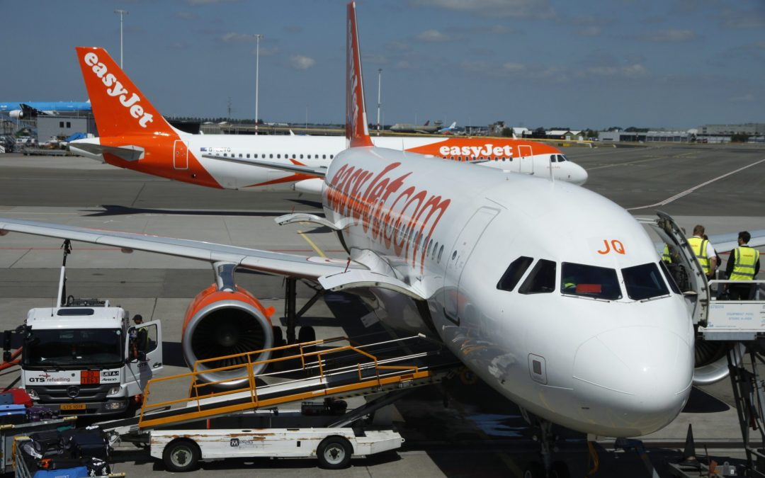 easyjet changes course and goes domestic