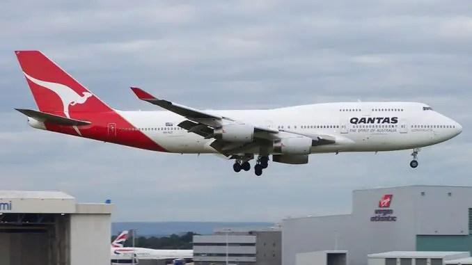 qantas retires another 747