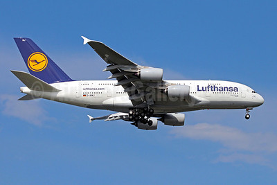 https://i0.wp.com/airlinersgallery.smugmug.com/Airlines-Europe/Lufthansa/i-6TH2cvQ/0/S/Lufthansa%20A380-800%20D-AIMJ%20%2888%29%28Apr%29%20SIN%20%28CV%29%2846%29-S.jpg