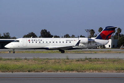SkyWest pilot kills himself after trying to steal a CRJ200