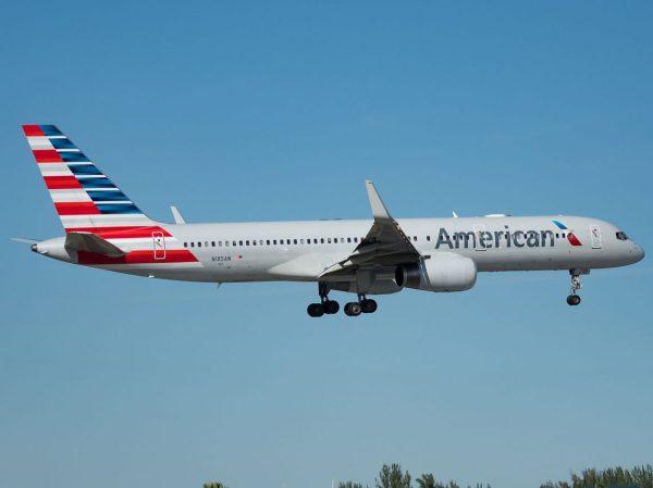 American Boeing 737 200 - Year of Clean Water