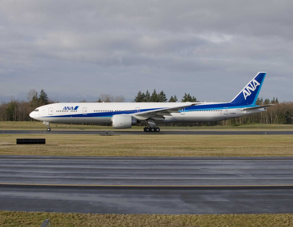 All Nippon Airways (ANA) a comandat trei avioane Boeing 777-300ER