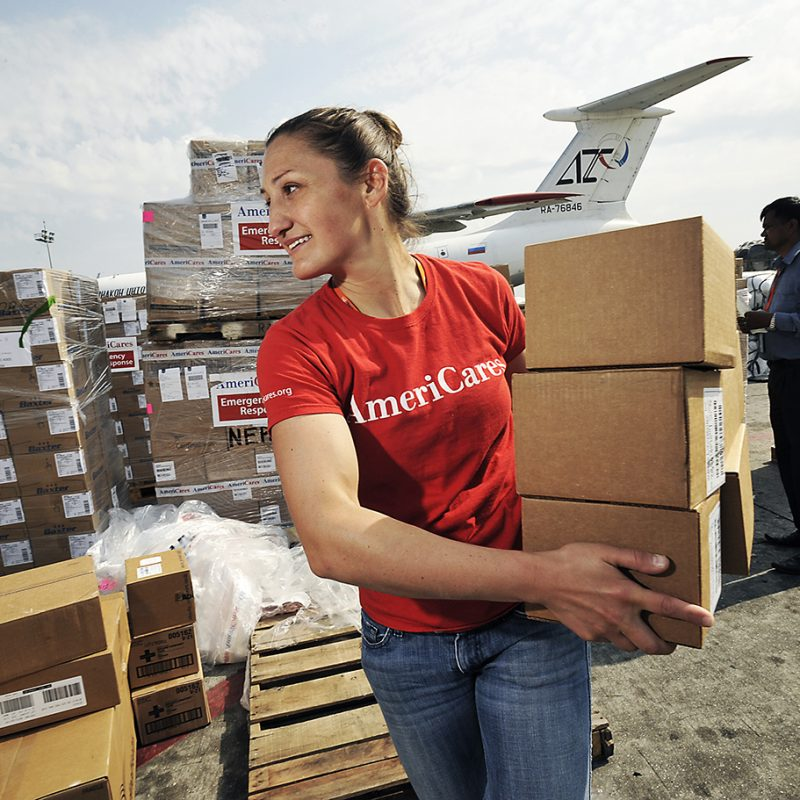 050615 Americares Nepal Earthquake Response-the team unloads meds at  the international airport.  Photographs by Matthew McDermott for Americares.