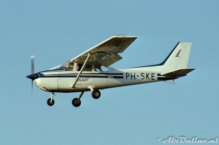 1984 Hilversum PH-SKE Cessna 172P Skyhawk II