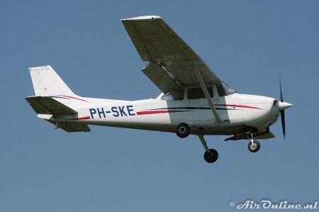 09/05/2008 Hilversum Cessna 172P Skyhawk II