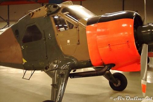 S-6 De Havilland Canada DHC-2 Beaver in oktober 2001 nog in het museum