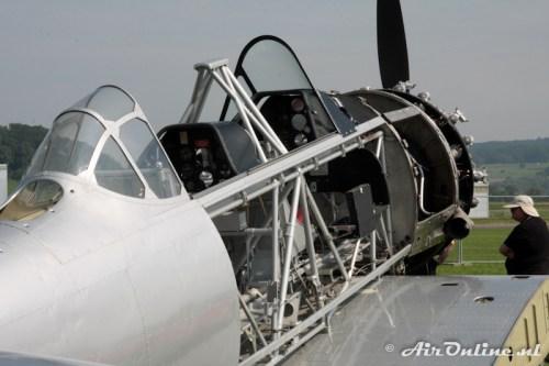 U-323 N.A. Harvard IIB ex Swiss Air Force, Birrfeld (CH), 20 aug 2010