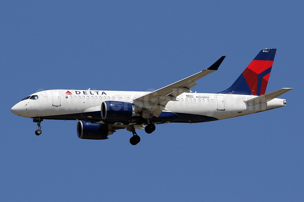 delta to operate over 300 total daily departures from new yorks john f kennedy airport jfk and laguardia airport lga this summer Airplane GEEK Delta to operate over 300totaldailydepartures from New York'sJohn F. Kennedy Airport (JFK)andLaGuardia Airport (LGA) this summer