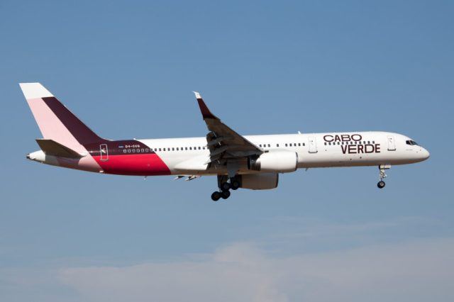 Cabo Verde Airlines 757