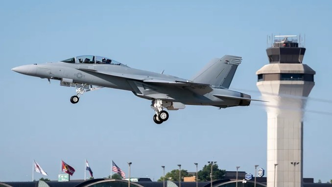 most advanced version of the f a 18e f super hornet delivered to the u s navy Airplane GEEK Most Advanced Version Of The F/A-18E/F Super Hornet Delivered To The U.S. Navy