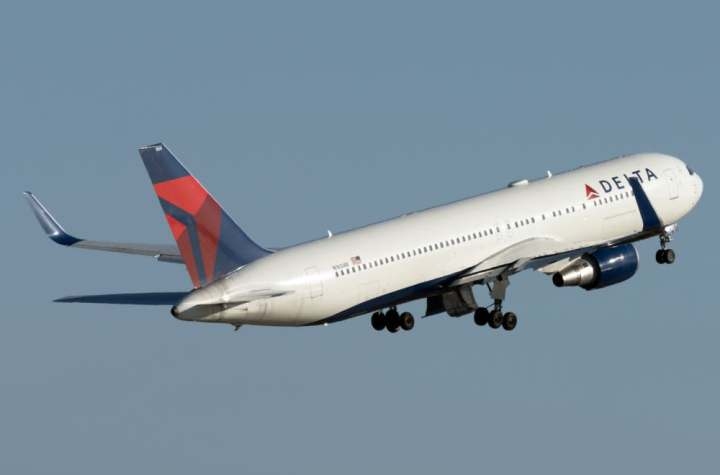 three delta air lines widebodies landed in ghana on friday heres why Airplane GEEK Three Delta Air Lines Widebodies Landed In Ghana On Friday – Here's Why