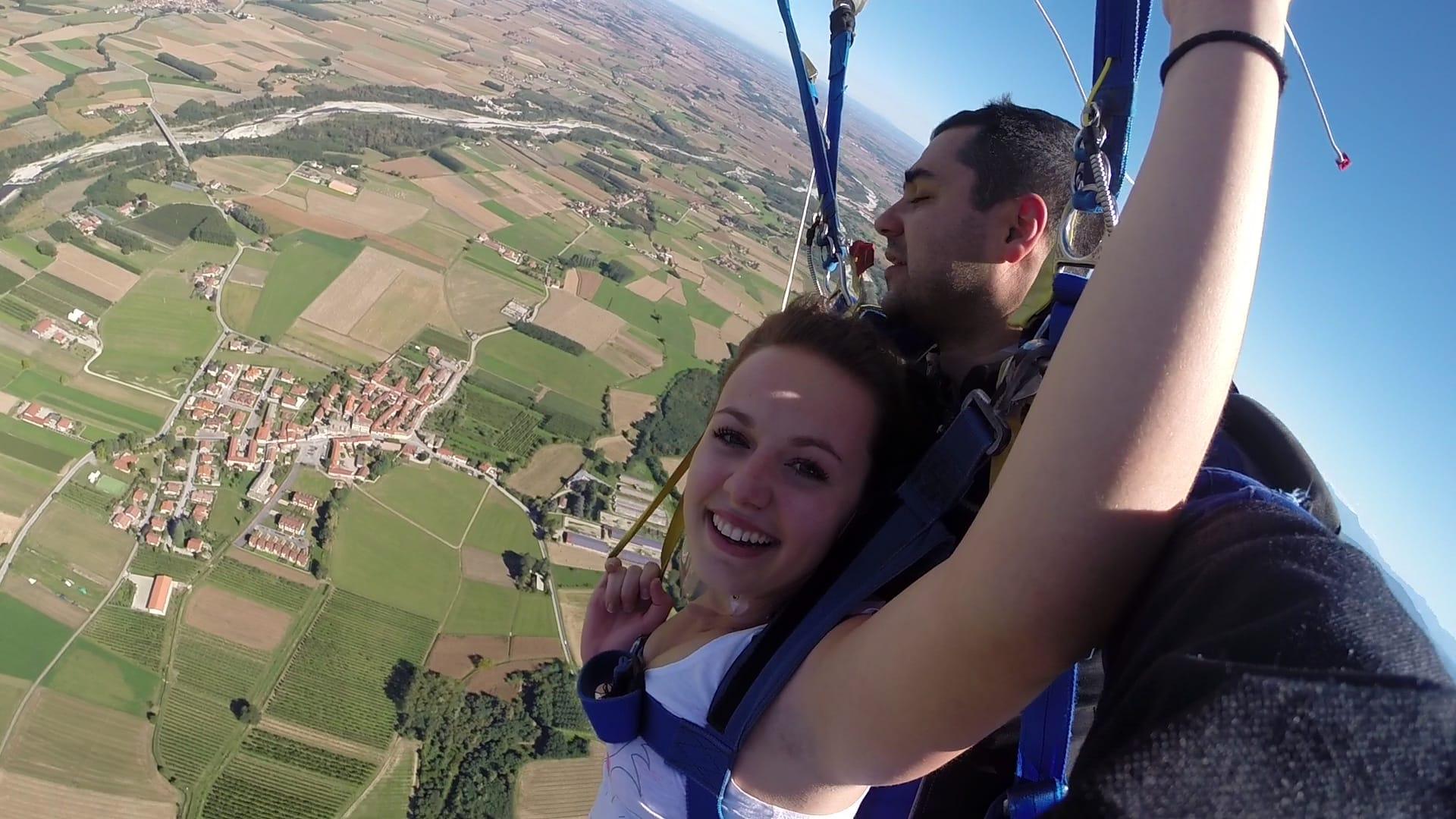 Promo fayence 279 saut tandem air play parachutisme - Saut en parachute bretagne pas cher ...
