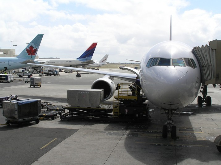 Daniel K. Inouye International Airport | Airlines