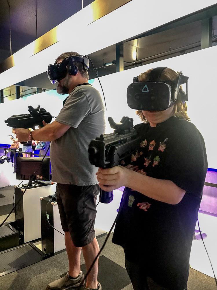 Fighting Virtual Reality Aliens