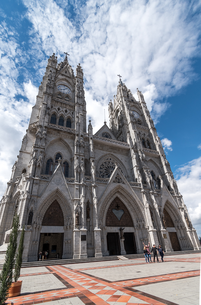 The Basílica del Voto Nacional - Quito