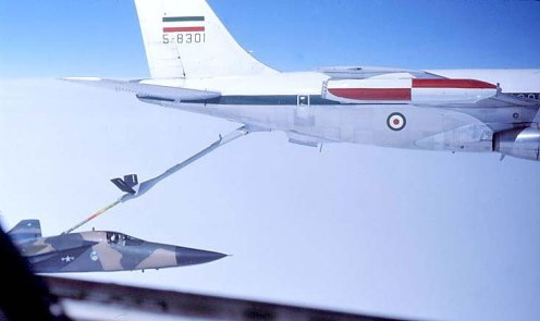 Boeing 707 refueling tankerBoeing 707 refueling tanker F-111
