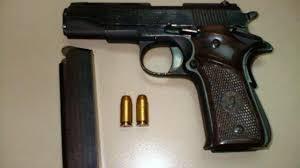 LA PISTOLA LLAMA 380 Aut. (9mm corto) Armas Pistolas y revólveres