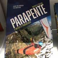 Livre / Book – «Parapente : s'initier et progresser»- Nouvelle Edition Amphora
