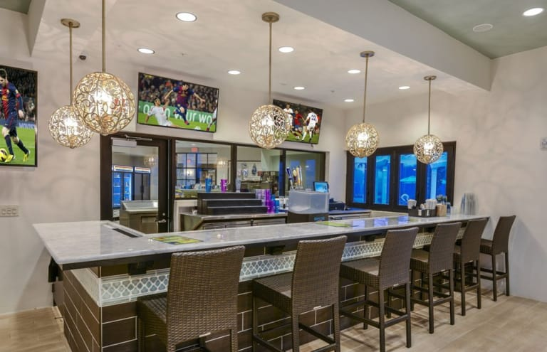 Pulte-Orlando-Florida-Windsor-Westside-Tu-Casa-Bar-1920x1240 - Copy