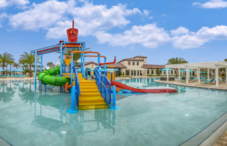 Pulte-Orlando-Florida-Windsor-Westside-Childrens-Water-Feature-1920x1240 - Copy