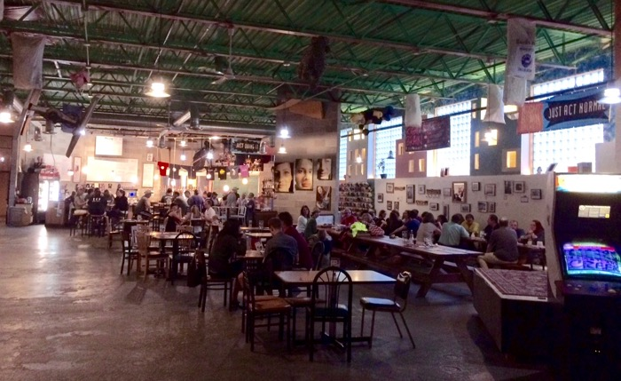 right brain brewery interior