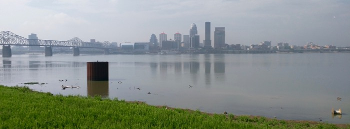 louisville skyline over the ohio river