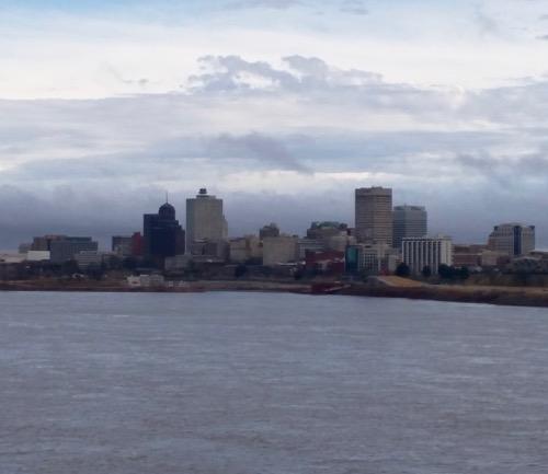 downtown memphis skyline