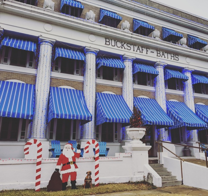 bugsy and santa at buckstaff bathhouse