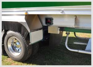 green-truck-axm202-mounted-320x2321
