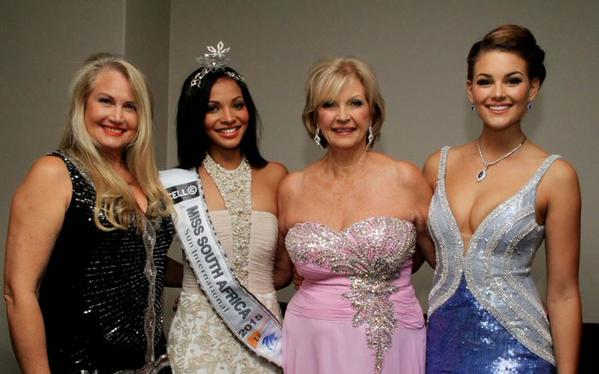 Standing with MISSSA 2015 organizers