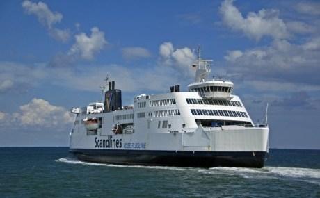 Die Fährschiffe der Firma Scandlines werden auch gerne als schwimmende Brücke bezeichnet.