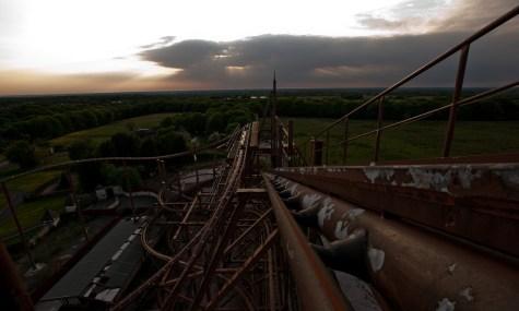 Für Achterbahnfans ging die Sonne für den Camlot Theme Park bereits 2012 unter