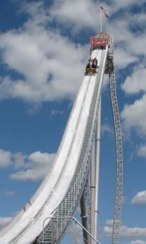 Die beeindruckende Anlage war bis 2013 die höchste Wasserbahn der Welt